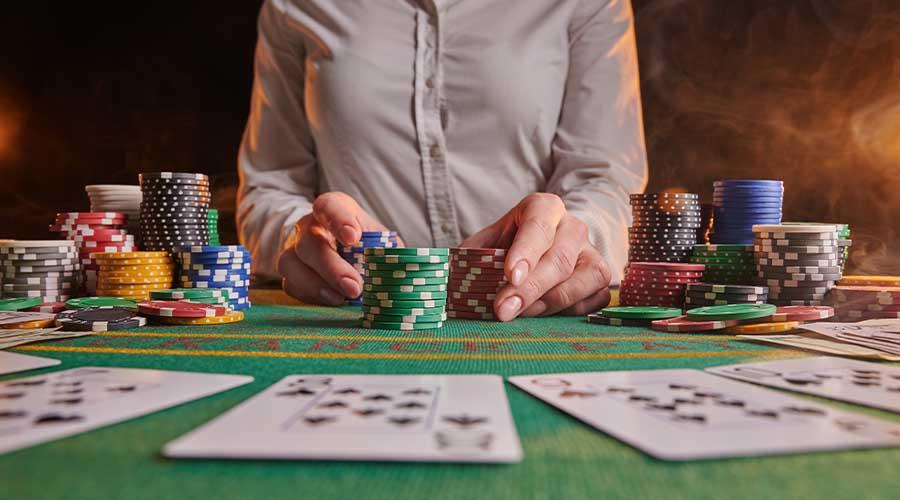 Казино с фриспинами особенно популярны среди игроков, что объясняется начислением бесплатных вращений с оптимальными условиями отыгрыша.